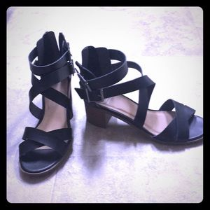 Wood Stacked heel Buckle Leather sandals